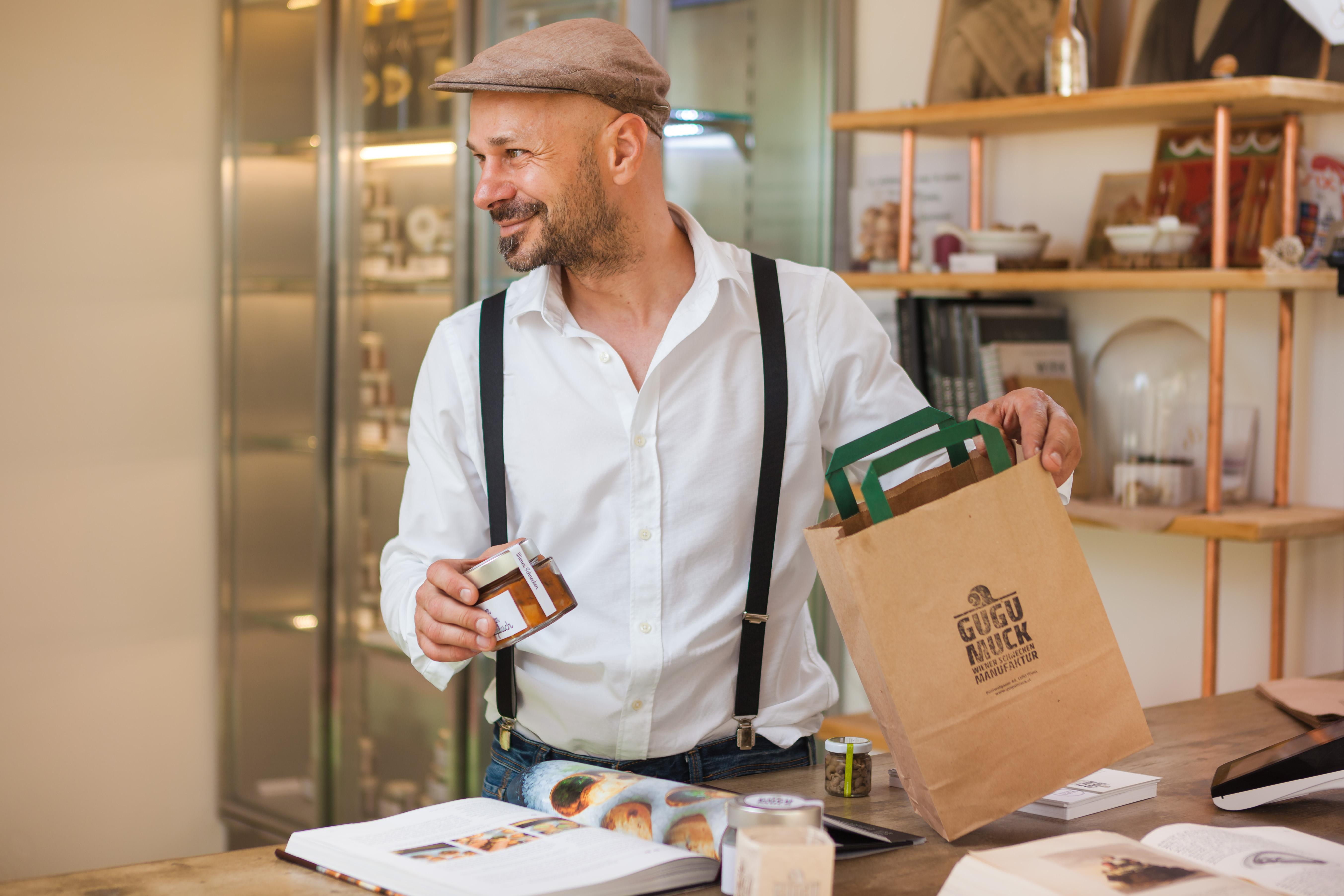 Hof-Laden von Andreas Gugumuck, Wiener Schnecken-Manufaktur Gugumuck, besuche unseren Hofladen mit Direktverkauf, wir beraten dich gerne über unsere Produkte