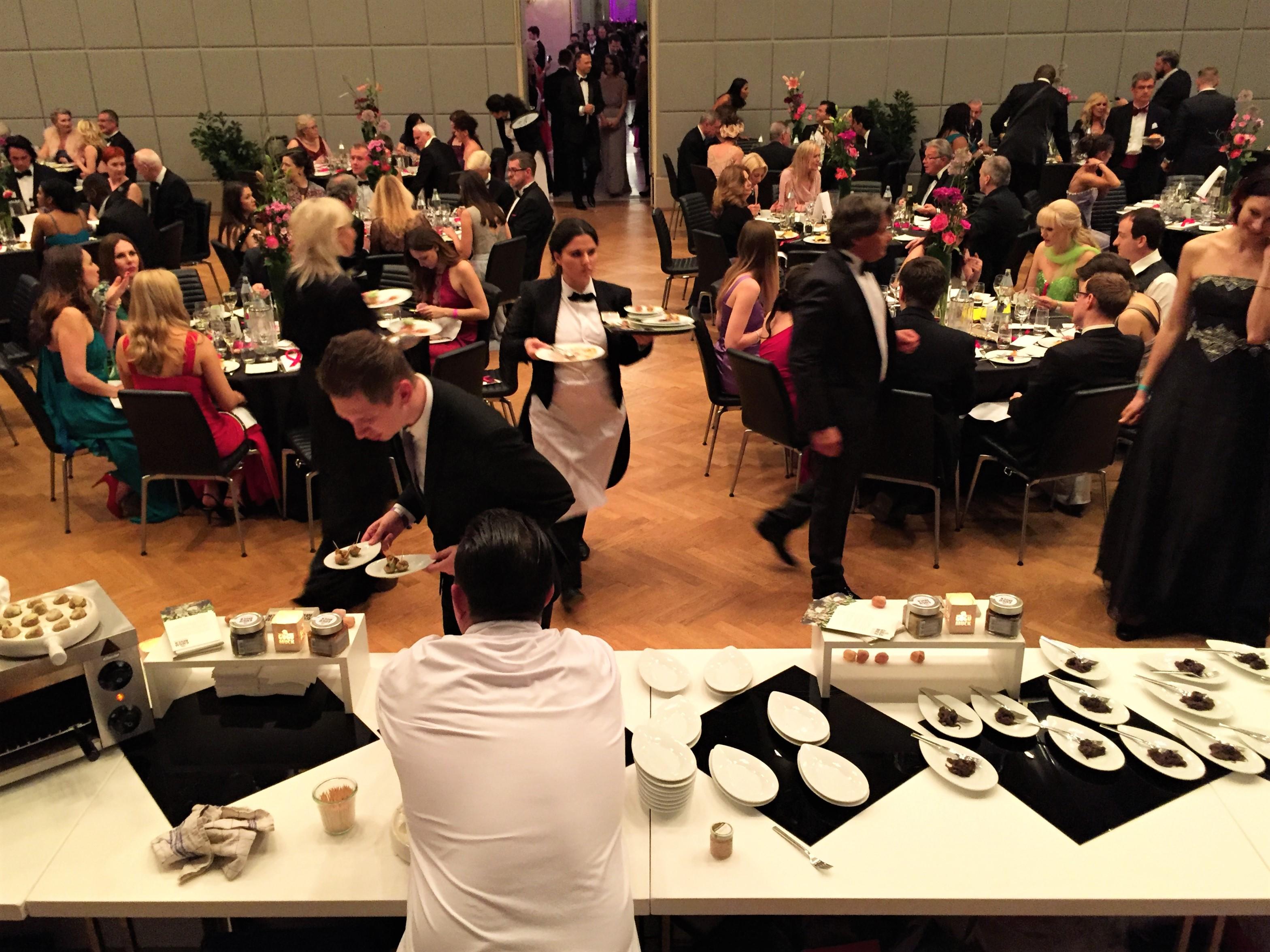 Schneckencatering in der Wiener Hofburg, unser Bistro ist ebenfalls exklusiv zu mieten für Firmenevents, Kochkurse mit Kollegen und Freunden