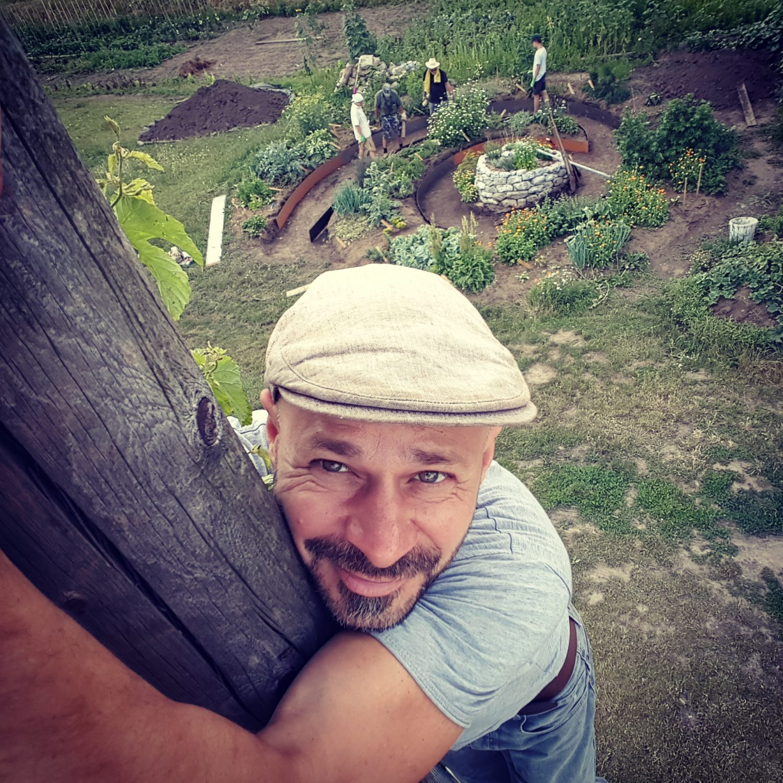 Waldgarten von oben mit Andreas Gugumuck, Ökosystem, Heilkräuter, Tierhaltung, Bienen